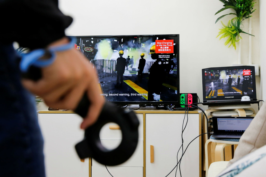 Anonymous developers use VR to show players the front lines of Hong Kong protests